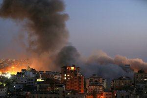 """Israel reage a ataque terrorista do Hamas e diz que eles vão """"pagar um preço"""""""